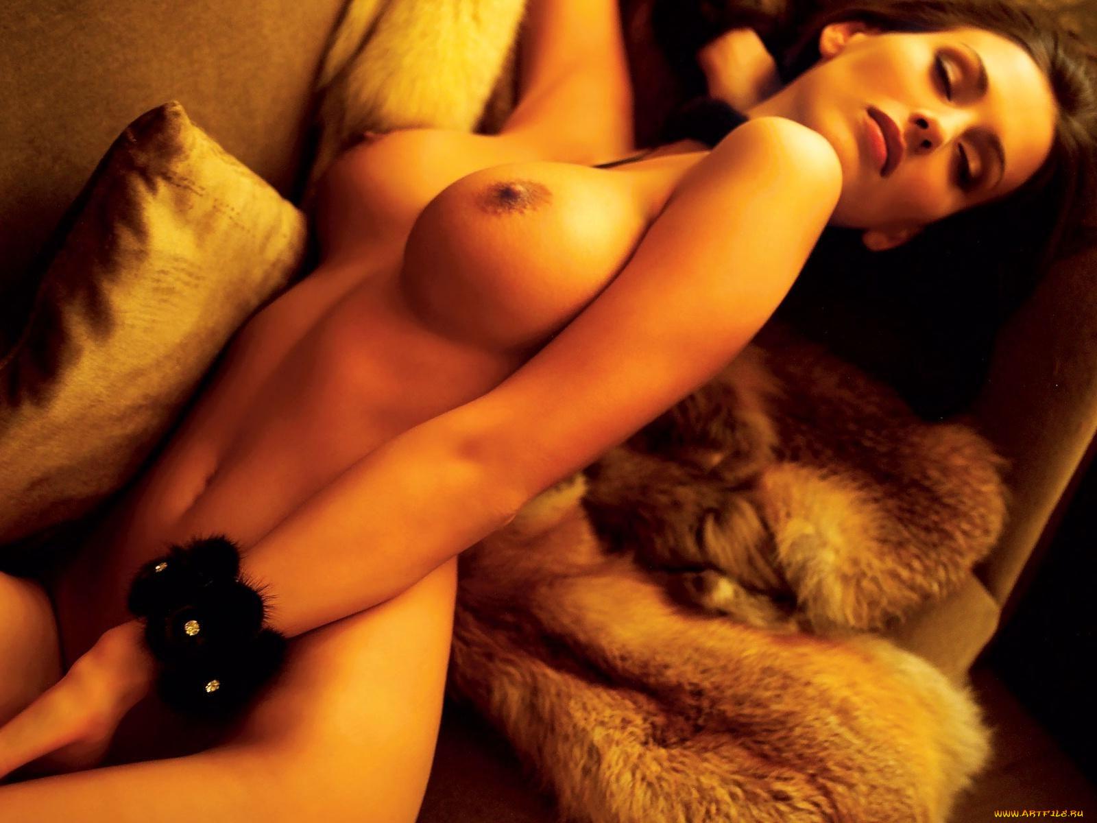 Ничто, эротический массаж винница губах